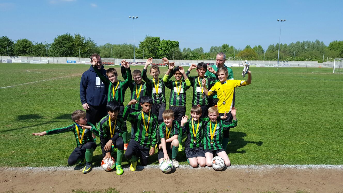 U11 colts win their division cup final westwood park for Westwood park